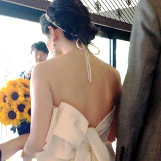 花嫁の後姿